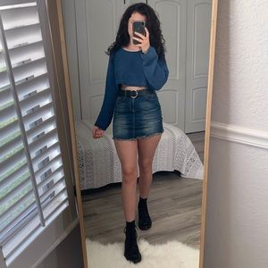 NWT XS Blue Ultra CropTop Sweater Urban Outfitters